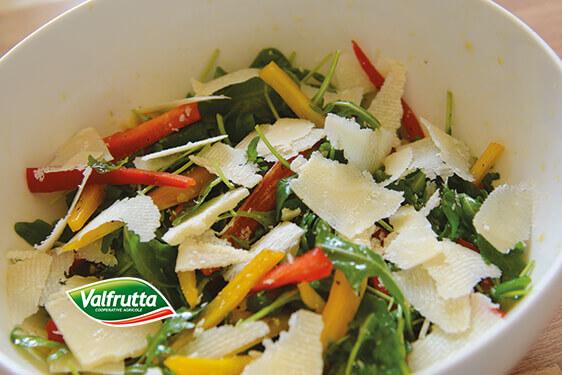 insalata di cornelio, rucola e parmigiano