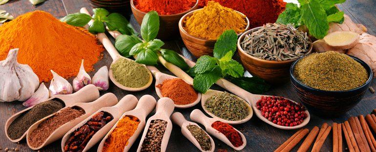 5 spezie autunnali: come usarle e i loro benefici