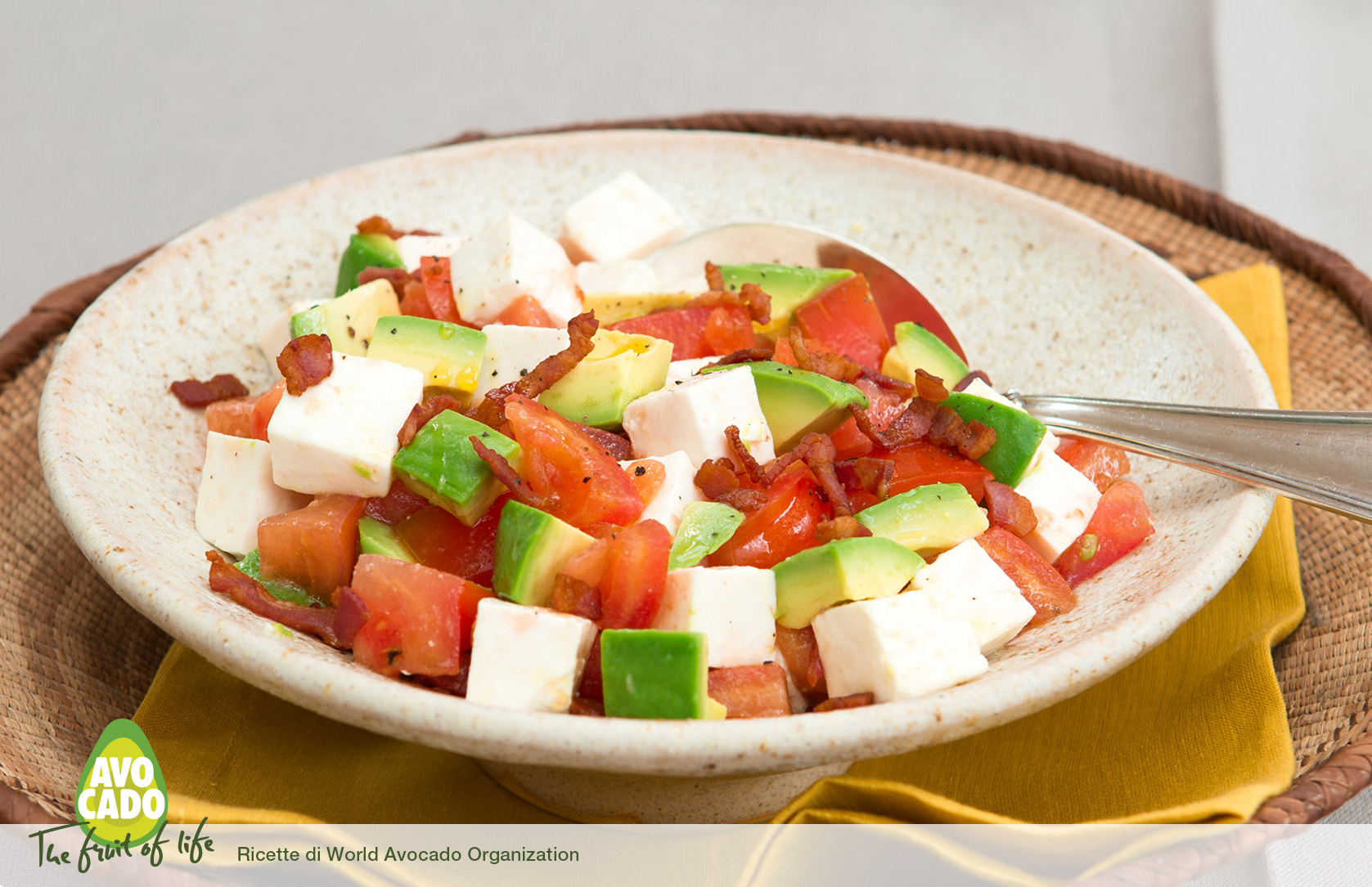 Insalata con bacon e pomodori