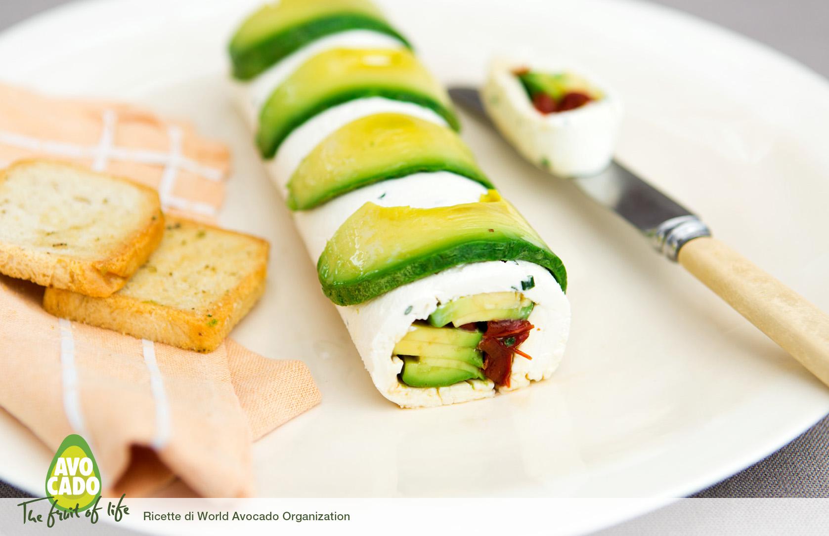 Rotolo di formaggio con avocado