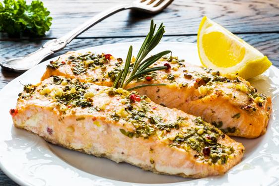 salmone-al-forno-pepe-rosa